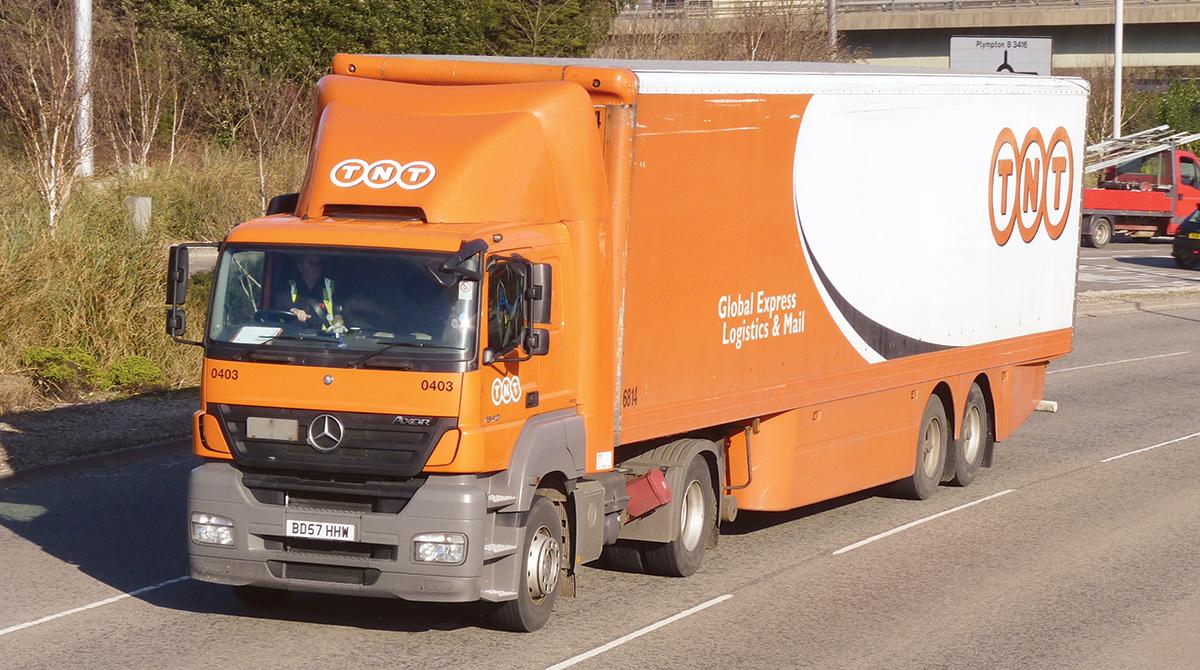 TNT Express truck