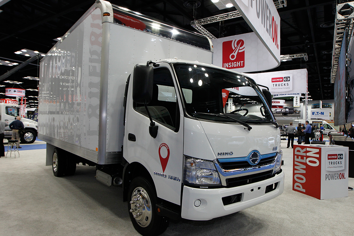 Build A Truck >> Hino To Build Classes 7 8 Truck In New Manufacturing Plant In West
