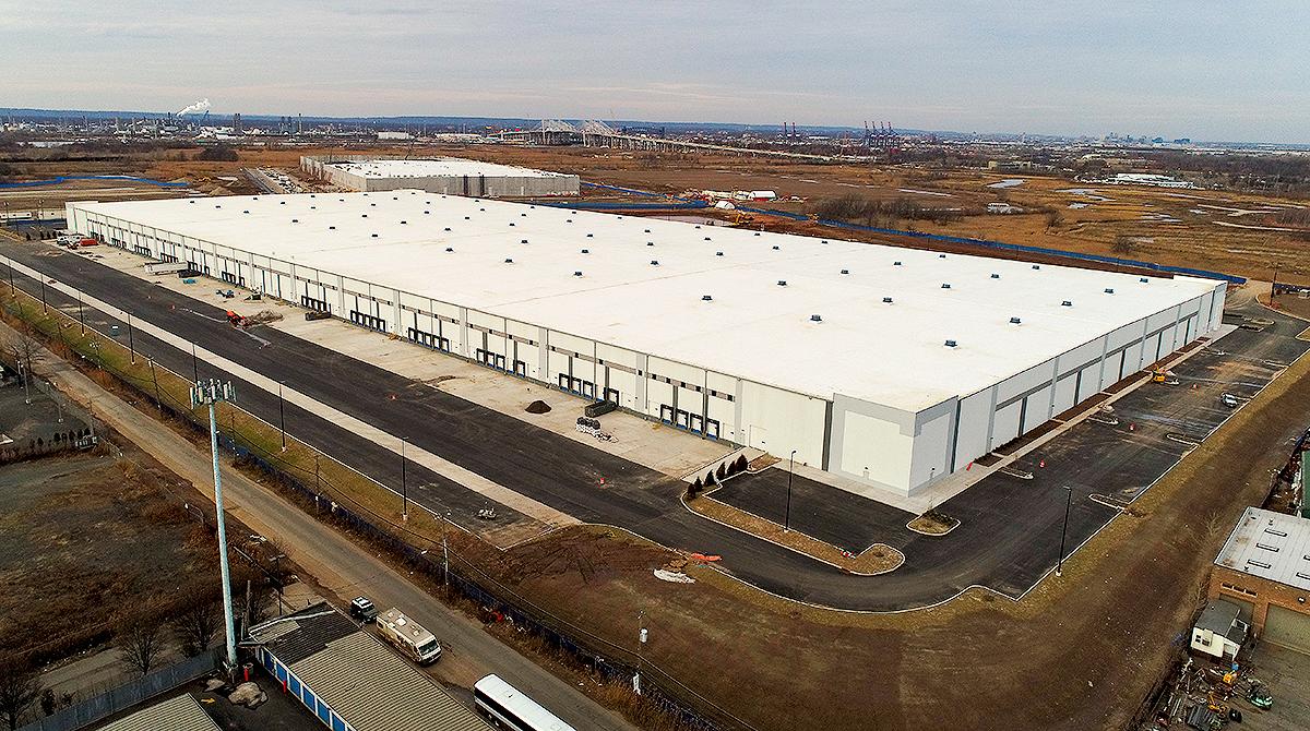 Amazon fulfillment center Staten Island