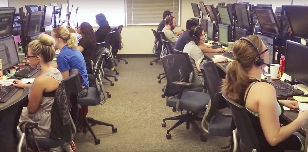 Dispatchers at a GlobalTranz office.