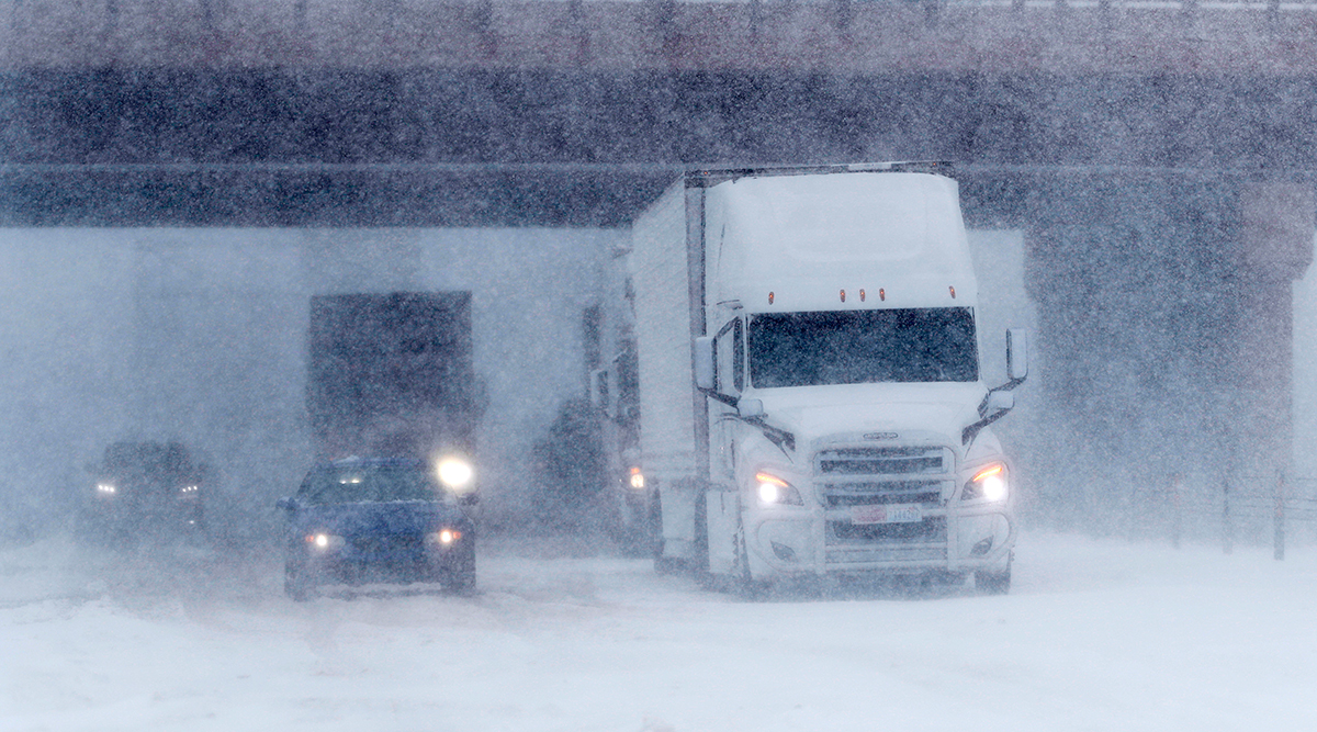 I-70 in Aurora, Colo. halted by low visibility