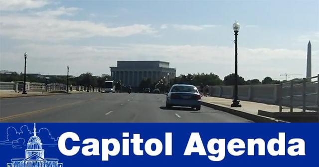 Eastbound on Arlington Memorial Bridge