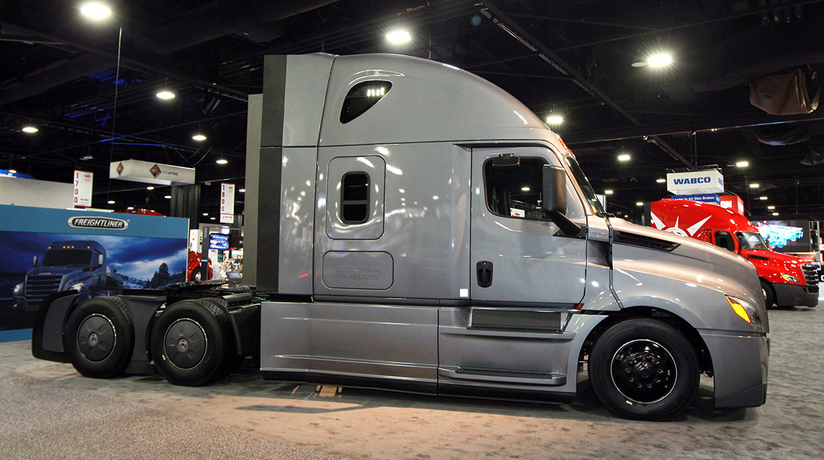 DTNA to Recall 18,105 Freightliner Cascadias | Transport Topics