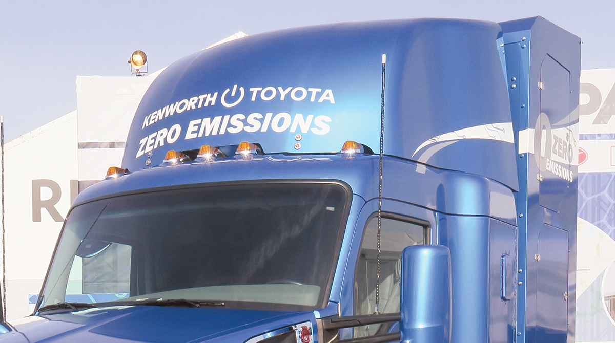 Kenworth and Toyota showcased a hydrogen-electric tractor