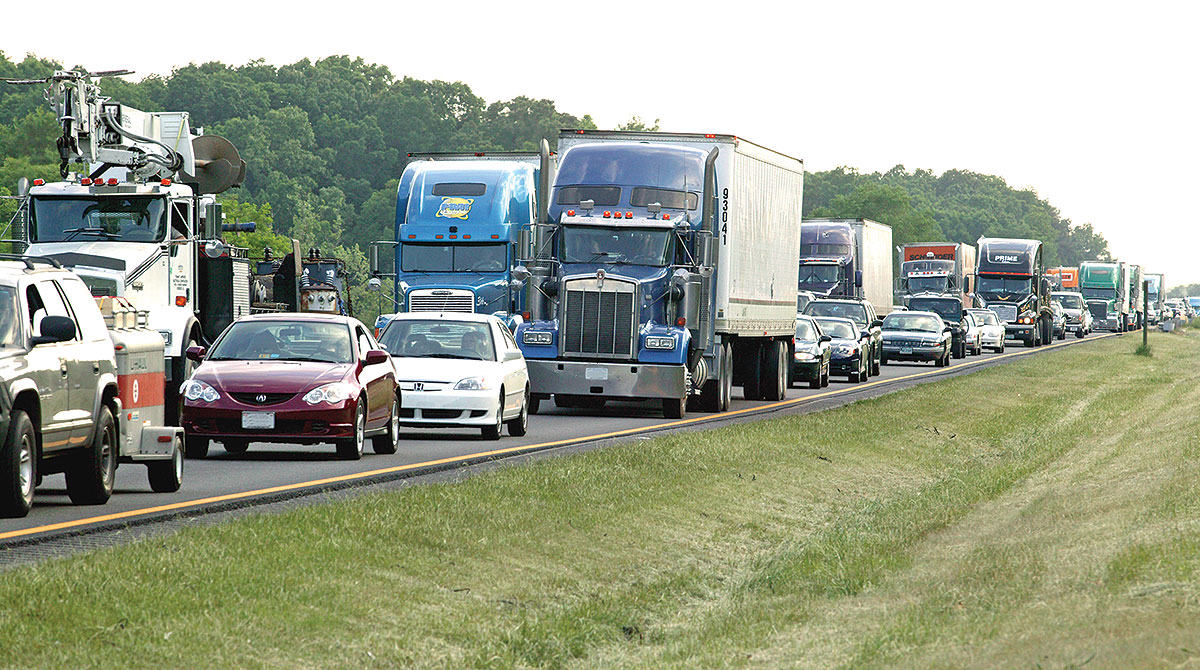 Truck and car congestion