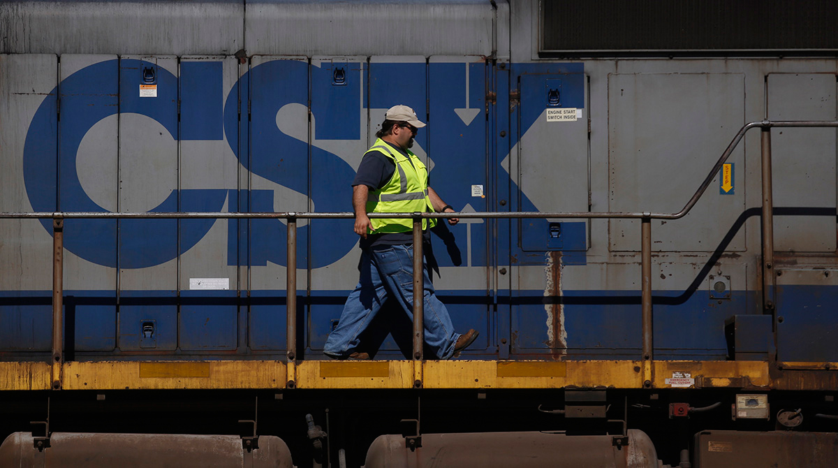 CSX worker