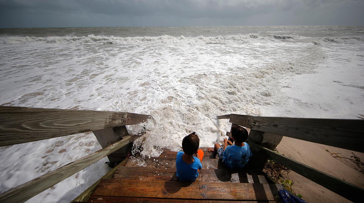 Hurricane Dorian approaches the East Coast.