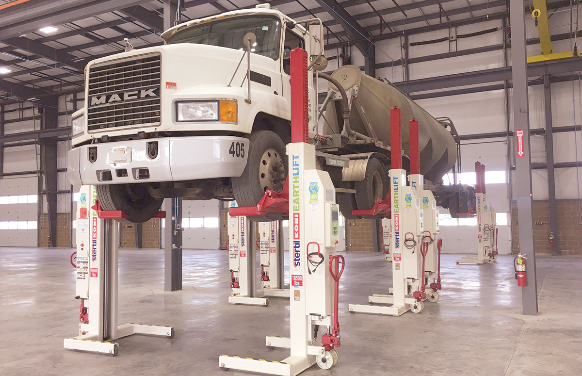 Mobile Lifts Gaining Momentum in Service Shops | Transport