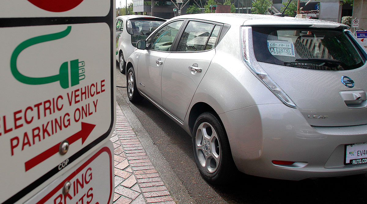 Home Charging Needed For Electric Vehicles To Gain Traction