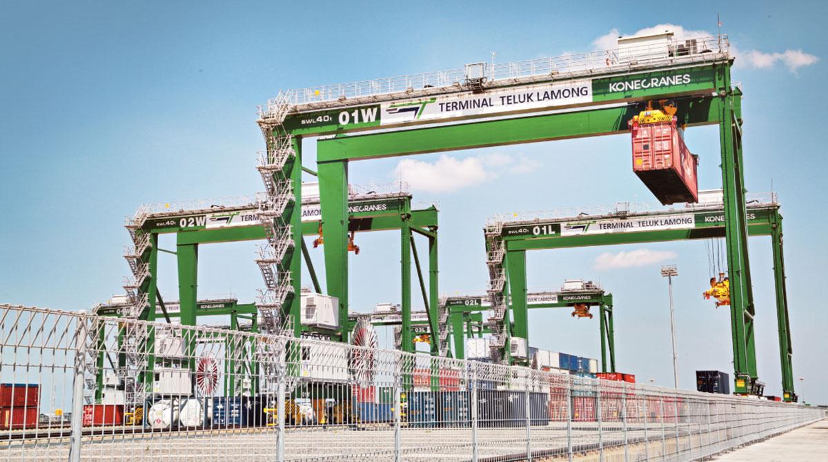 Automated cranes