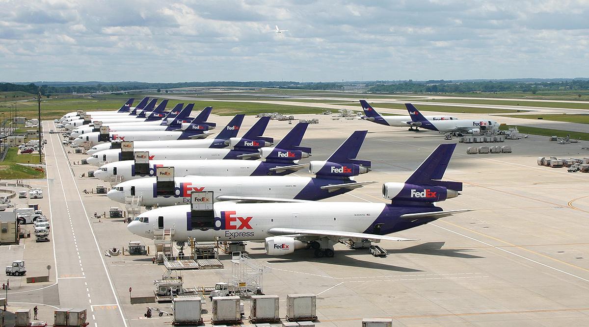 FedEx planes