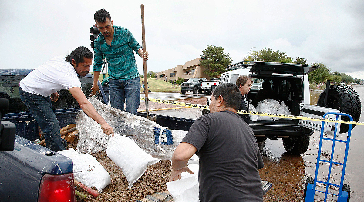 Flood waters in Arizona