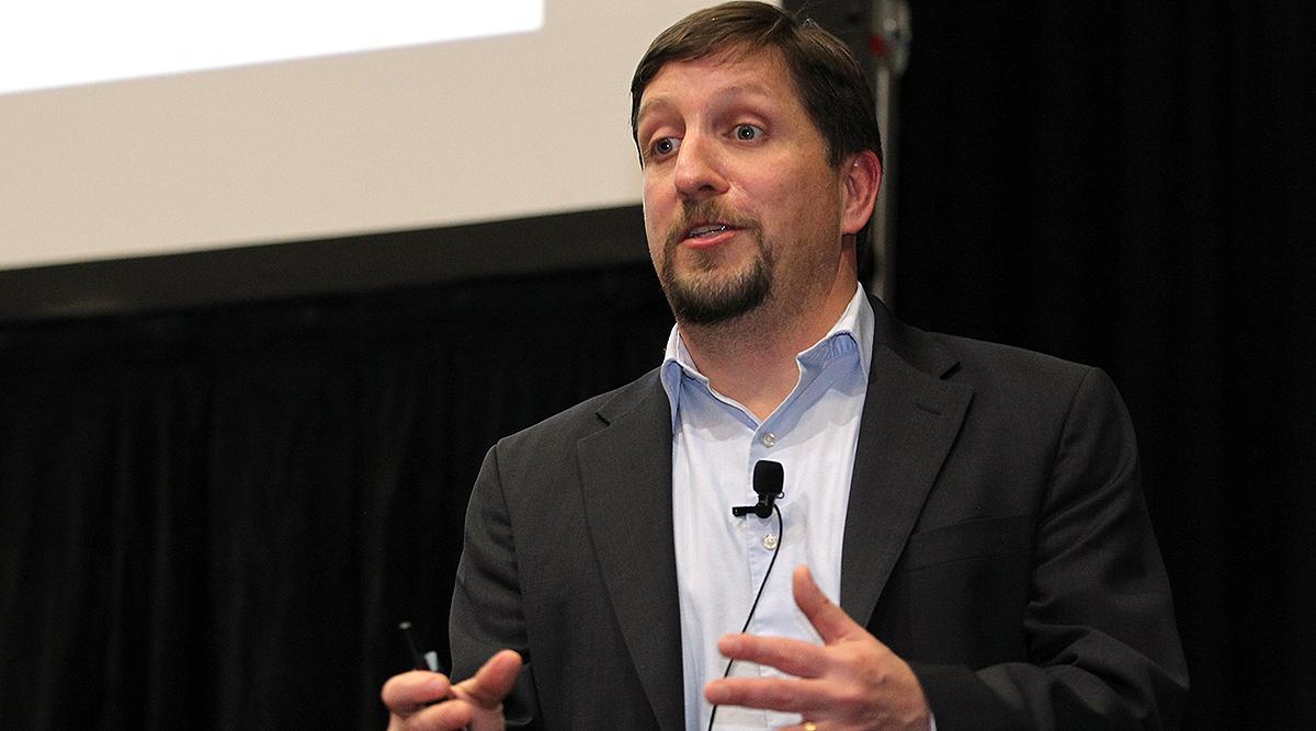 FMCSA's Joe DeLorenzo provides a driver update at a MATS session