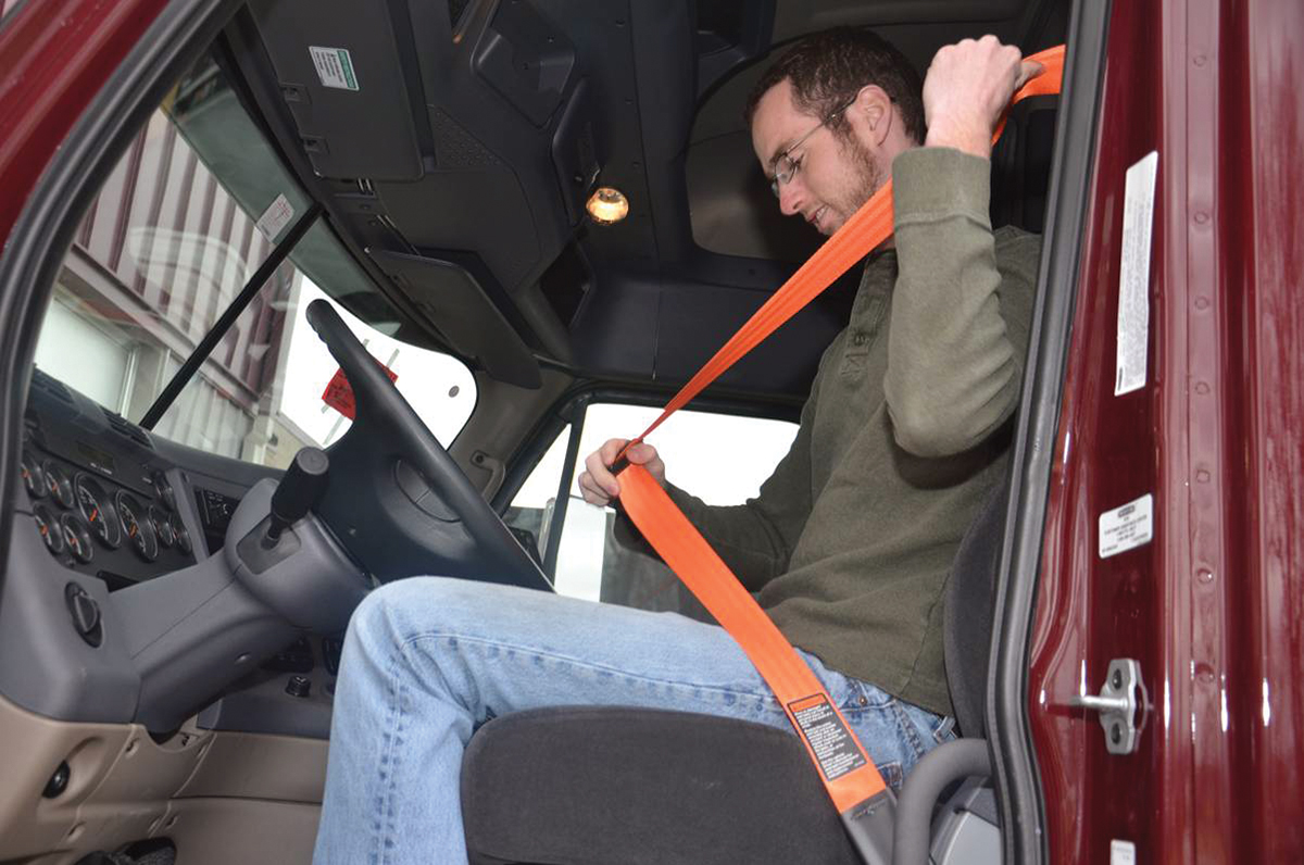 Seat belt use up since 2007 among truck drivers