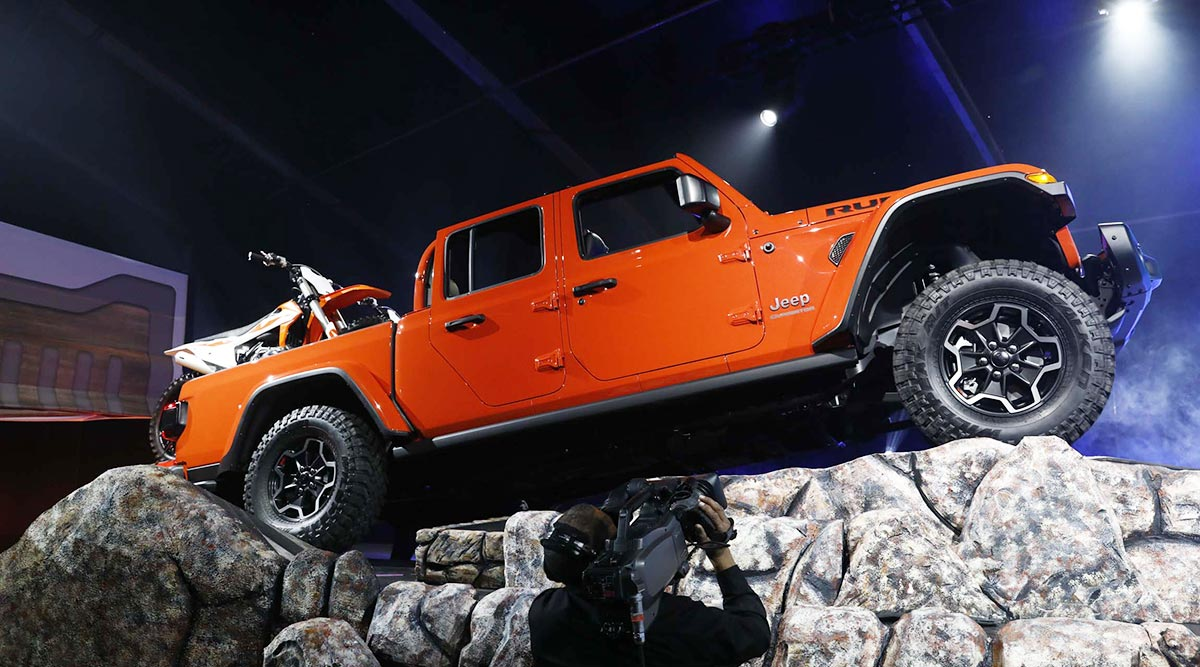 Will Jeep Gladiator Conquer Rivals in Pickup Truck Arena