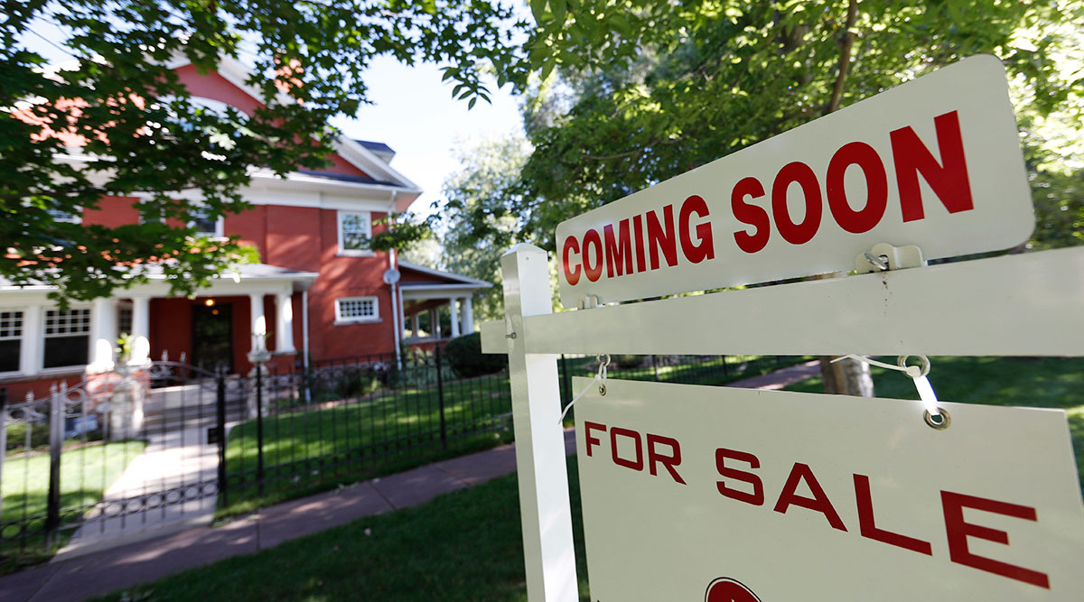 Existing-Home Sales Drop Nationwide