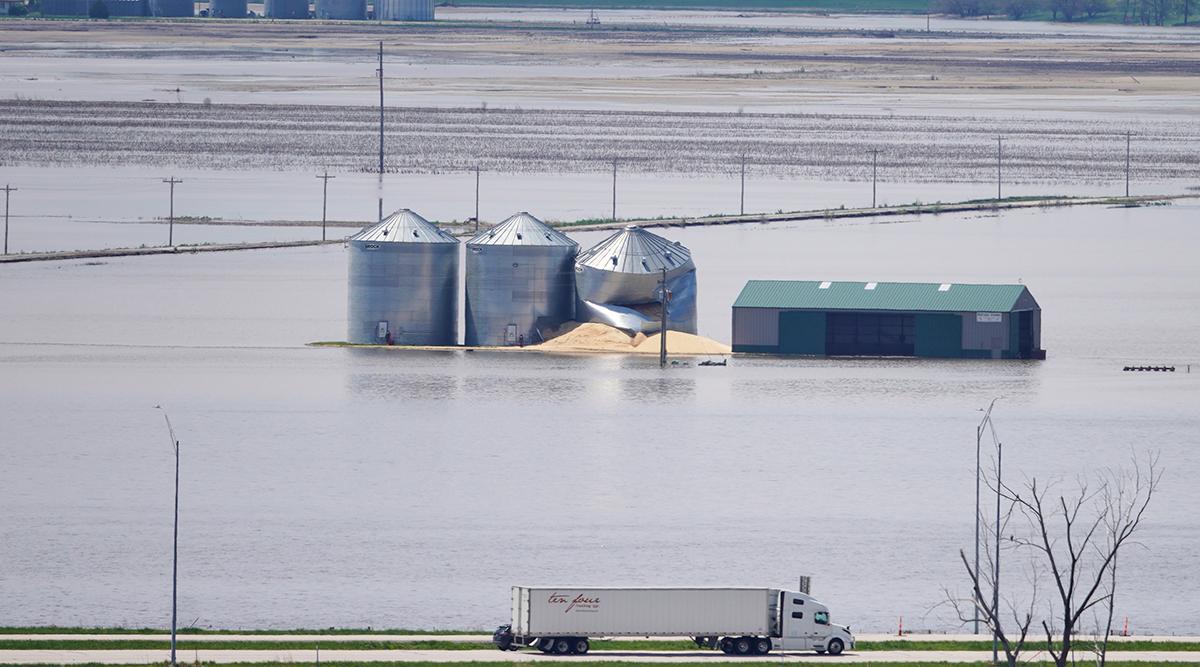 Iowa farmland flood