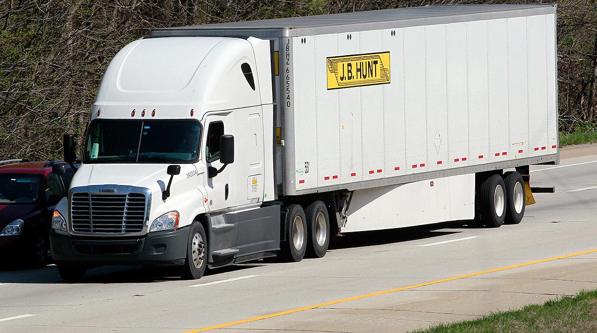 A J.B. Hunt truck on Interstate 65 in Shepherdsville, Ky.