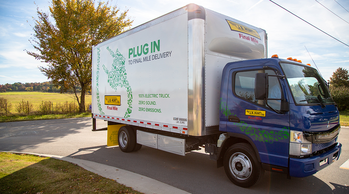 6228046cfa J.B. Hunt Transport Services Takes Delivery of First All-Electric Trucks