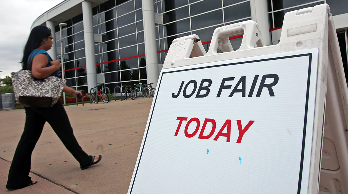 157,00 Jobs