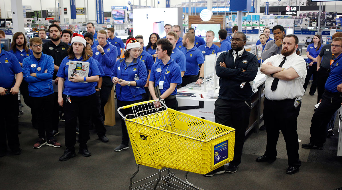 Employees at Best Buy