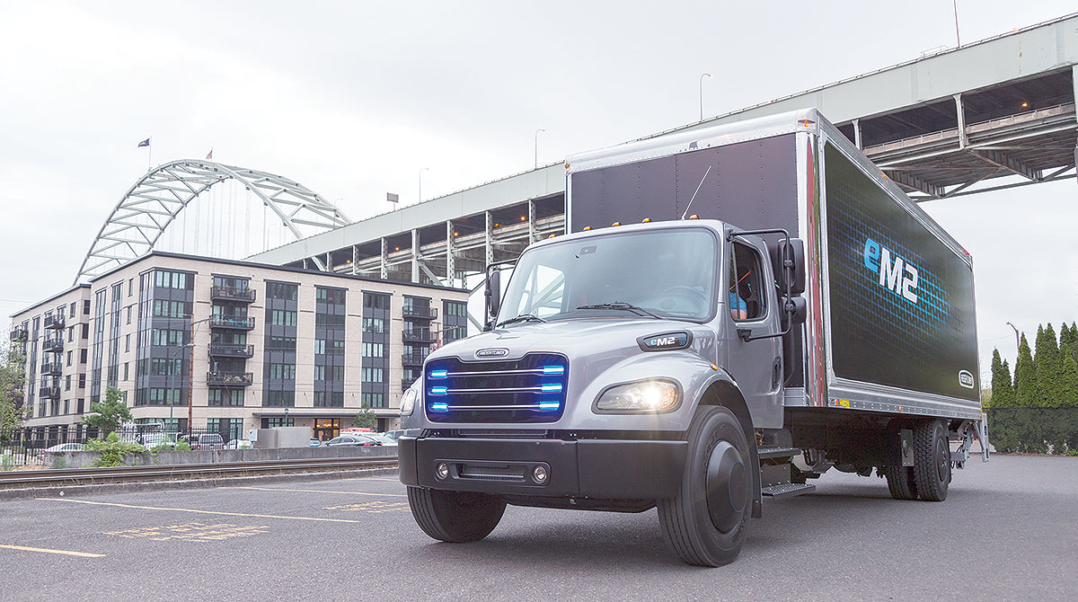DTNA's eM2 medium-duty truck
