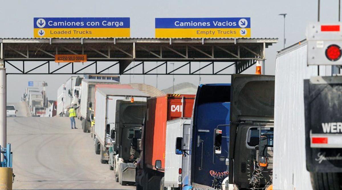 Trucks at border