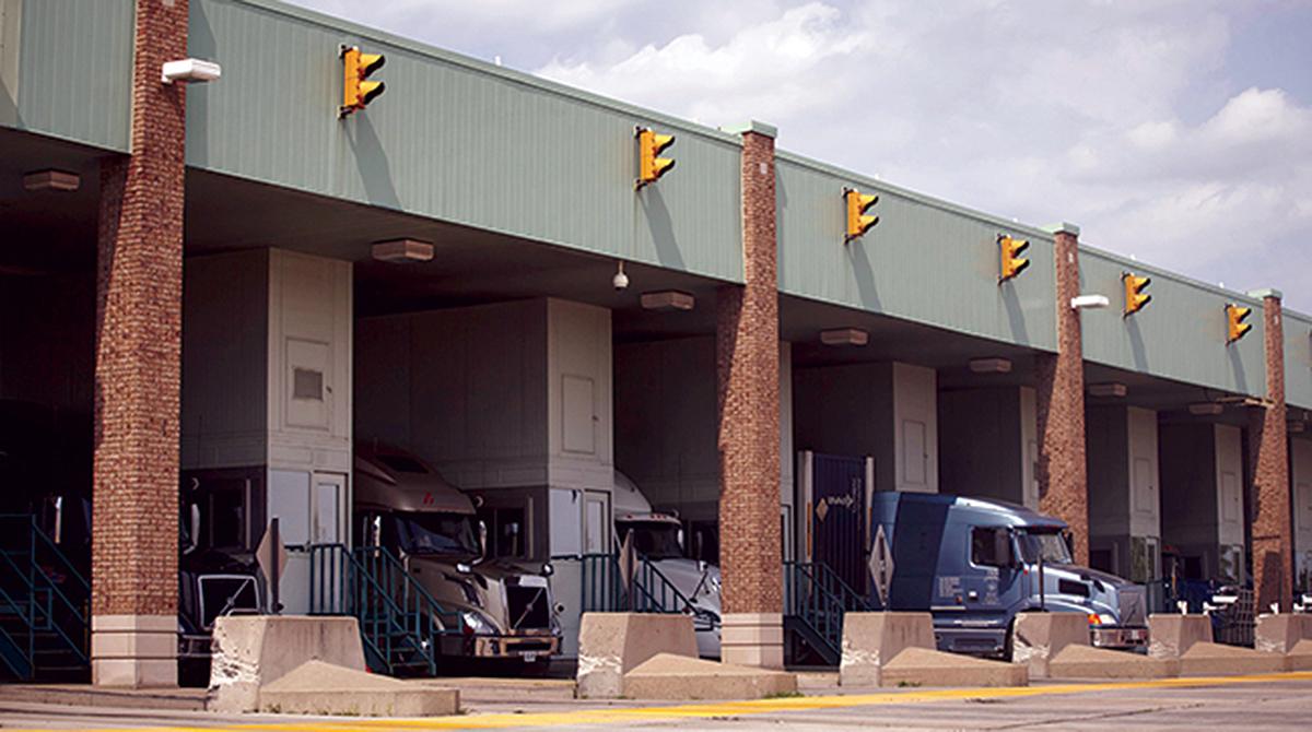 trucks at Canadian border