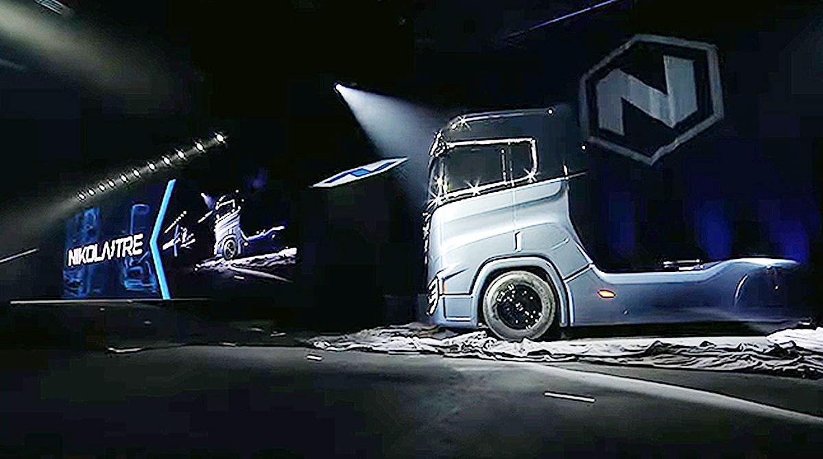 Nikola TRE hydrogen fuel cell truck