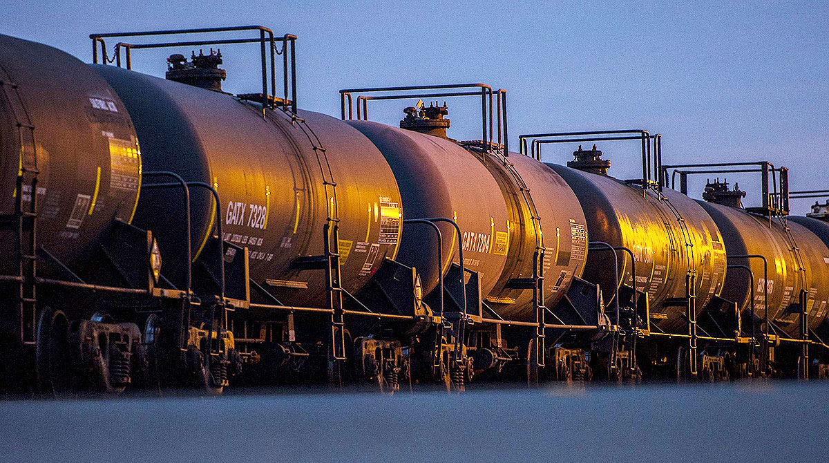 Alberta introduces special production allowances for oil shipped by rail