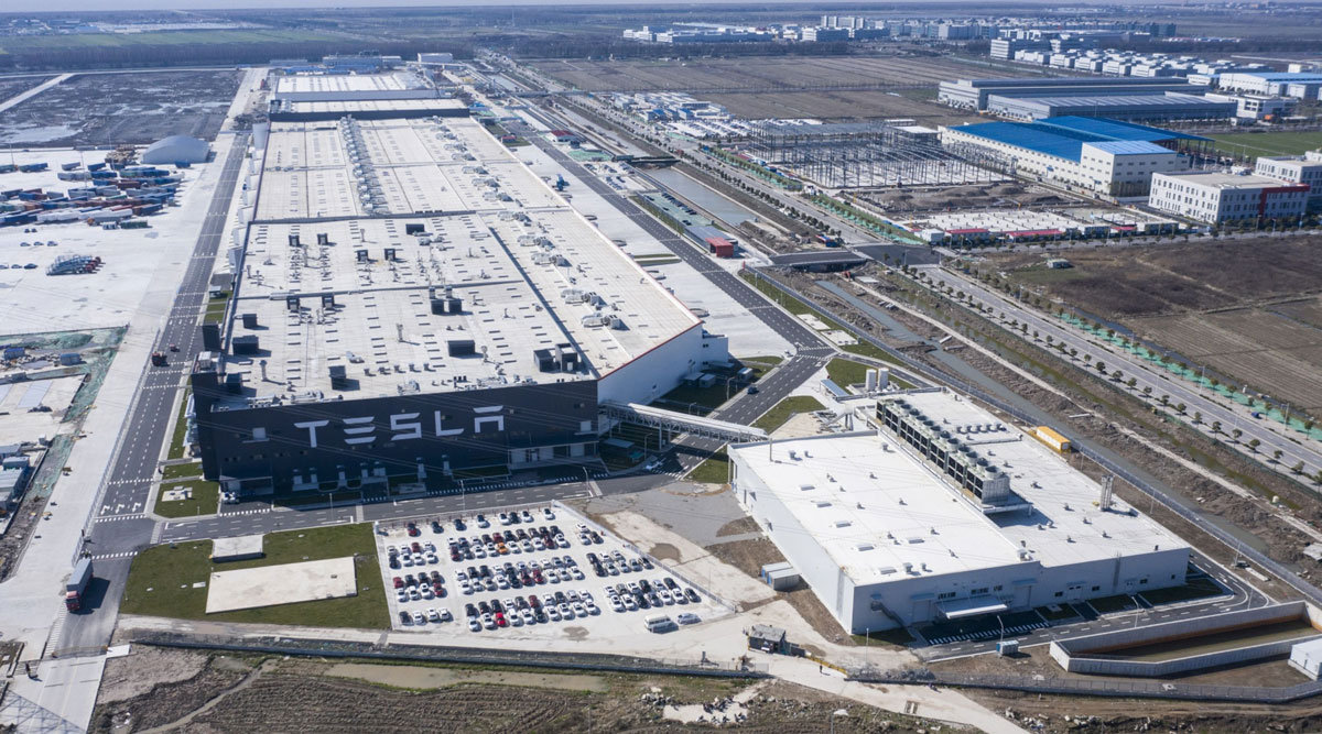 Tesla will begin shipping vehicles from its Shanghai factory to other countries in Asia and Europe.