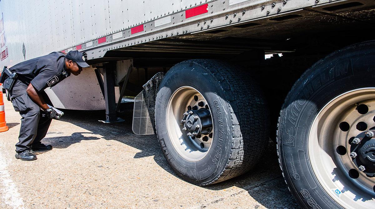 Tires Arkansas inspection