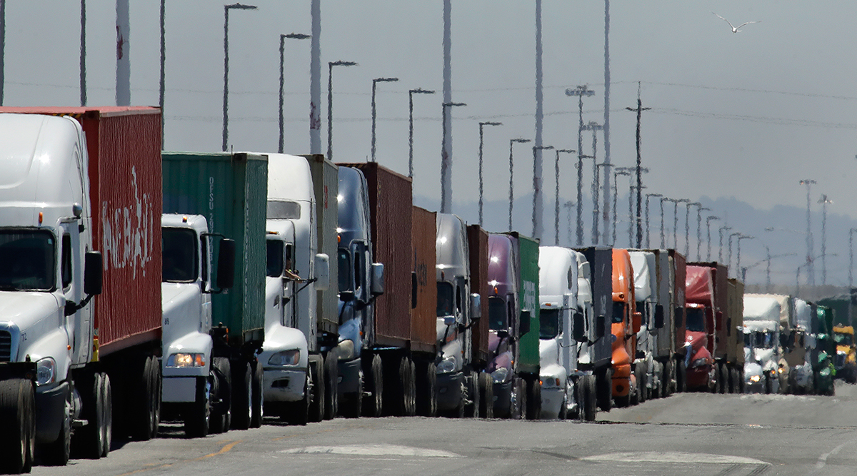 Trucks in line to unload at Port of Oakland