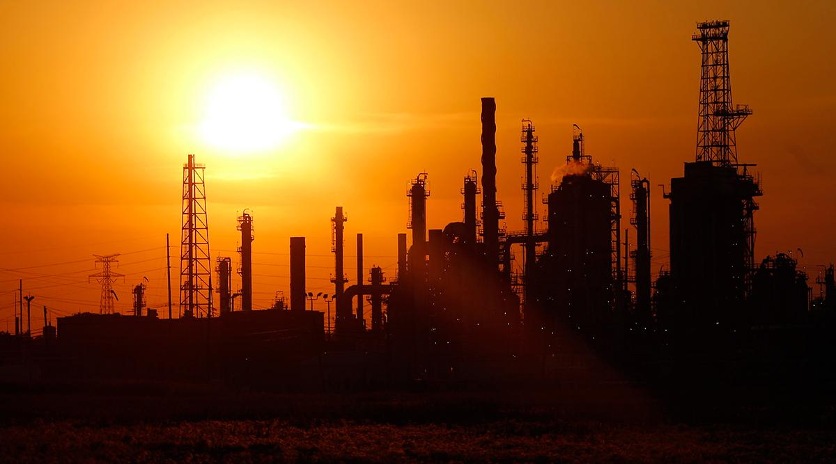 The BP-Husky Toledo Refinery at sunset in Oregon, Ohio