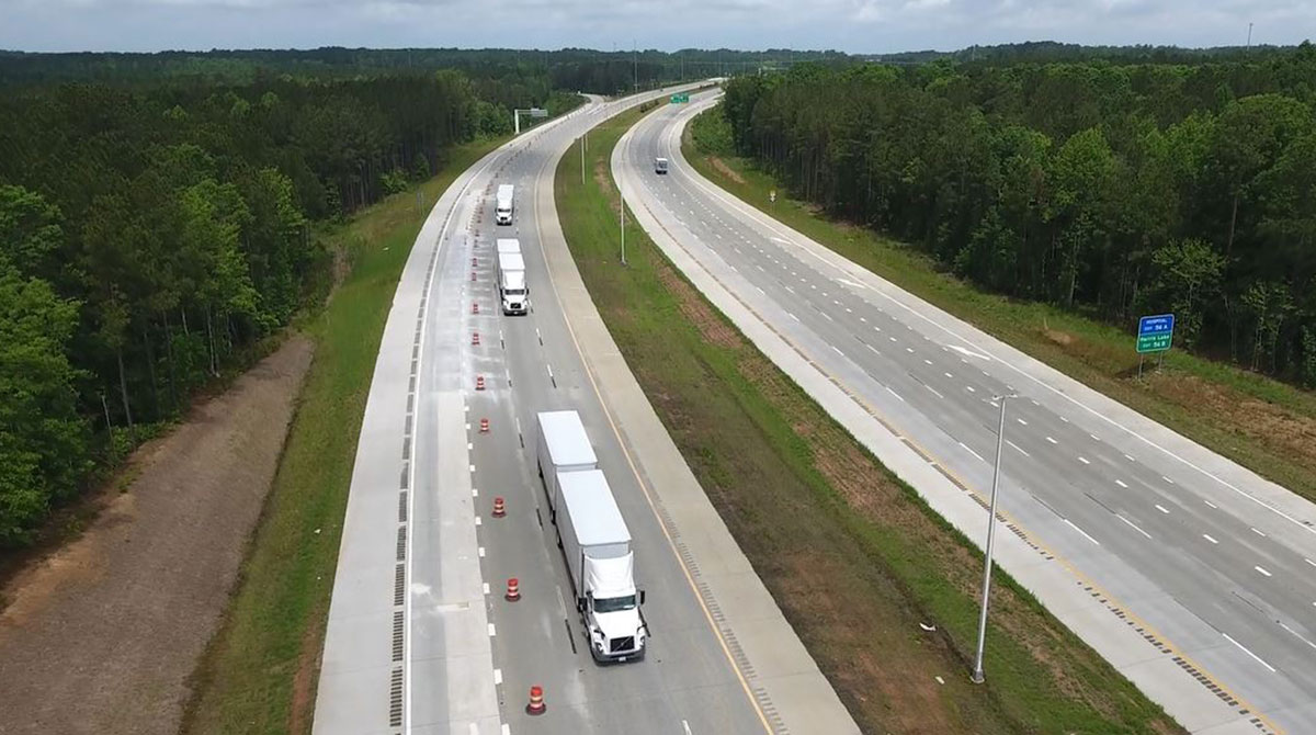 Volvo platooning demonstration in North Carolina