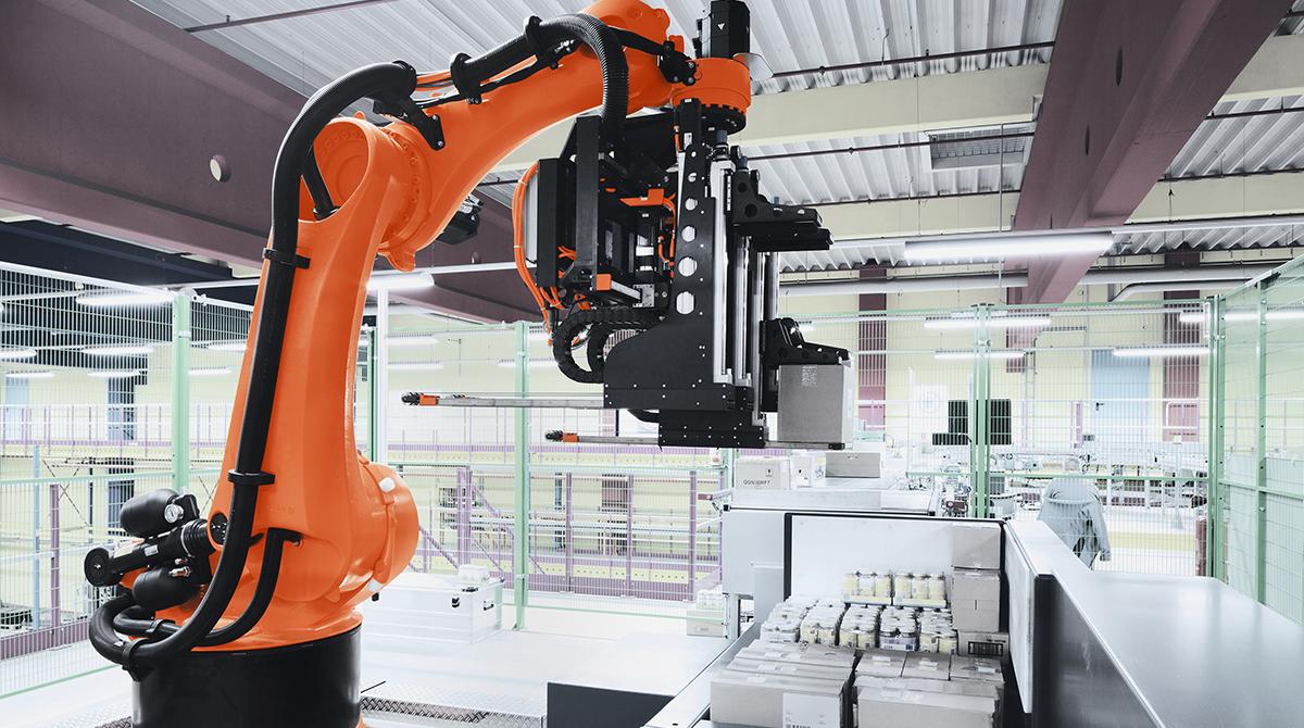 Robotic arm at an XPO Logistics facility