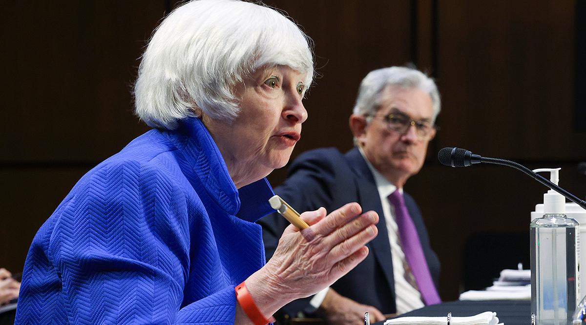 Treasury Secretary Janet Yellen (left) and Federal Reserve Chairman Jerome Powell