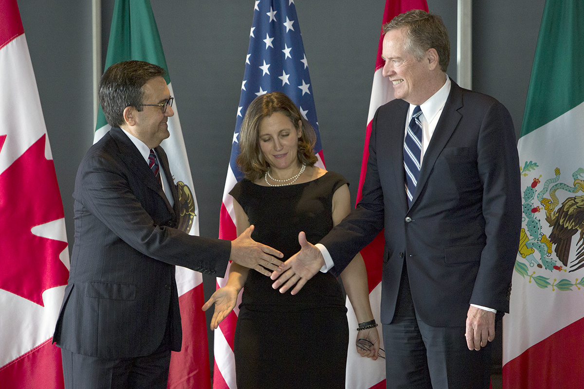 ldefonso Guajardo Villarreal, Mexico's secretary of economy, from left, Chrystia Freeland, Canada's minister of foreign affairs, and Bob Lighthizer, U.S. trade representative.