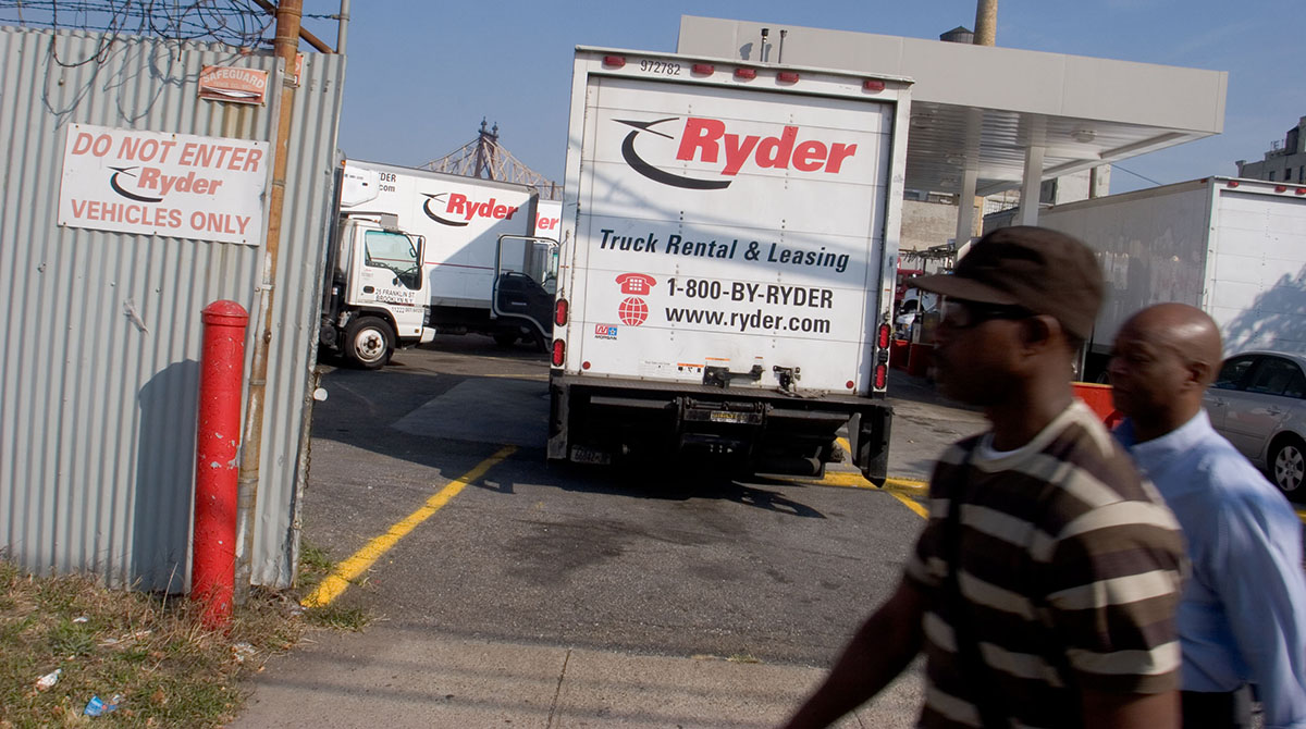 Ryder rental gate
