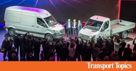 Mercedes-Benz Debuts New Sprinter Van