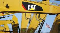 Worker Shortage Adds to Supply Chain Snags, Caterpillar CEO Says