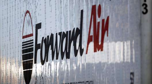 Forward Air logo on trailer