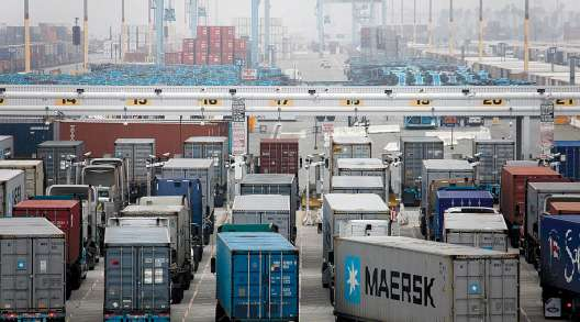 Trucks at Port of Los Angeles