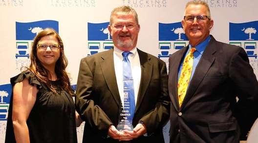 South Carolina Grand Champion Ronnie Luckadoo (center)