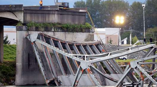 Collapsed Skagit River Bridge 2013