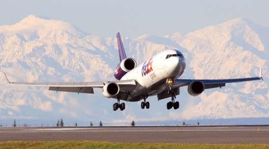 FedEx cargo plane