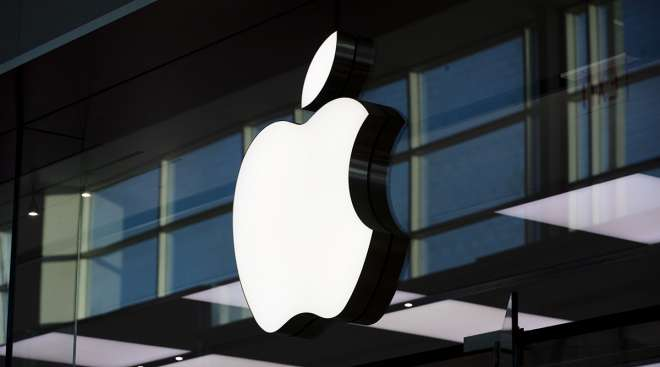 An Apple Inc. logo is displayed outside the company's store at Yorkdale mall in Toronto. (Brent Lewin/Bloomberg News)