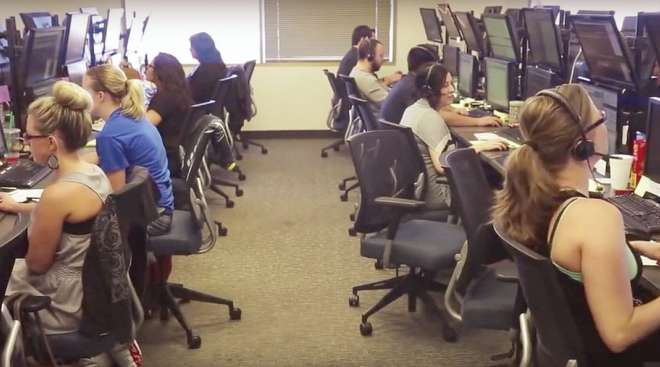 Dispatchers at a GlobalTranz office.