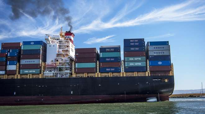 Cargo ship arrives at the Port of Oakland