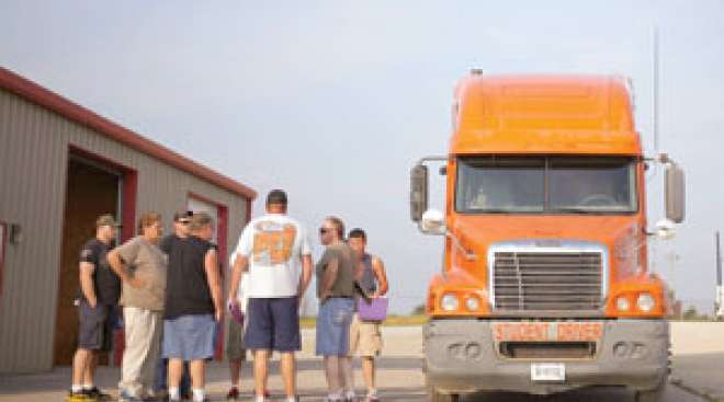GAO Urges More Oversight of Third-Party CDL Testers